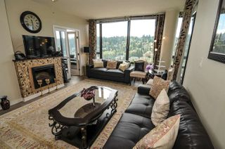 Photo 4: 2103 400 CAPILANO Road in Port Moody: Port Moody Centre Condo for sale : MLS®# R2429245