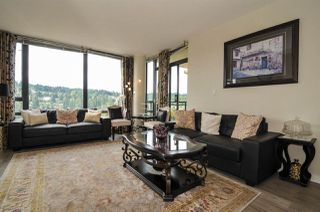 Photo 3: 2103 400 CAPILANO Road in Port Moody: Port Moody Centre Condo for sale : MLS®# R2429245