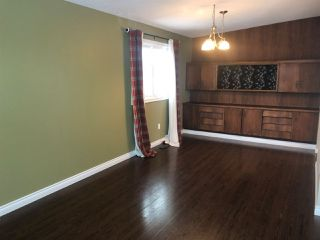 Photo 3: 30 GLENWOOD Crescent: St. Albert House for sale : MLS®# E4186899