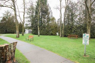 """Photo 16: 219 1840 160 Street in Surrey: King George Corridor Manufactured Home for sale in """"Breakaway Bays"""" (South Surrey White Rock)  : MLS®# R2436590"""