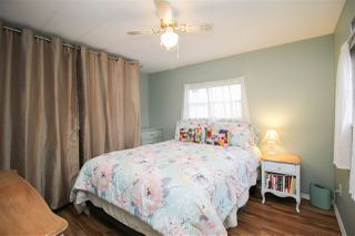 """Photo 11: 219 1840 160 Street in Surrey: King George Corridor Manufactured Home for sale in """"Breakaway Bays"""" (South Surrey White Rock)  : MLS®# R2436590"""