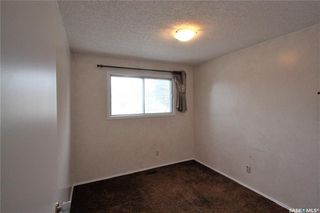 Photo 12: 319 Spruce Drive in Saskatoon: Forest Grove Residential for sale : MLS®# SK799893