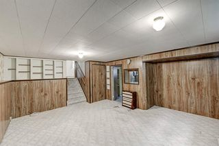 Photo 17: 2740 LIONEL Crescent SW in Calgary: Lakeview Detached for sale : MLS®# C4303561