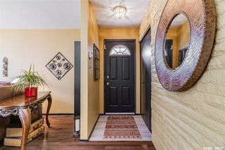 Photo 3: 245 Western Crescent in Saskatoon: East College Park Residential for sale : MLS®# SK822214