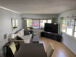"""Photo 2: 74 7790 KING GEORGE Boulevard in Surrey: East Newton Manufactured Home for sale in """"CRISPEN BAYS"""" : MLS®# R2489306"""
