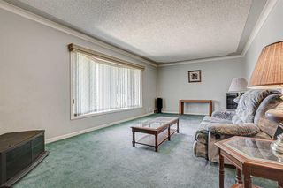 Photo 6: 2427 23 Street NW in Calgary: Banff Trail Detached for sale : MLS®# A1025508