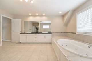 Photo 36: 1197 HOLLANDS Way in Edmonton: Zone 14 House for sale : MLS®# E4221432