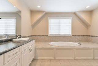 Photo 35: 1197 HOLLANDS Way in Edmonton: Zone 14 House for sale : MLS®# E4221432
