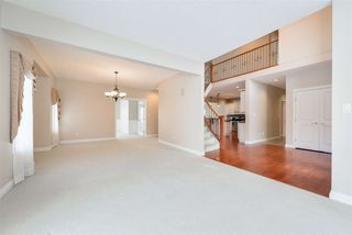 Photo 17: 1197 HOLLANDS Way in Edmonton: Zone 14 House for sale : MLS®# E4221432