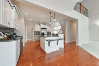 Photo 8: 1197 HOLLANDS Way in Edmonton: Zone 14 House for sale : MLS®# E4221432