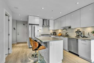 """Photo 9: 3010 1788 GILMORE Avenue in Burnaby: Brentwood Park Condo for sale in """"ESCALA"""" (Burnaby North)  : MLS®# R2523957"""