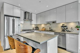 """Photo 10: 3010 1788 GILMORE Avenue in Burnaby: Brentwood Park Condo for sale in """"ESCALA"""" (Burnaby North)  : MLS®# R2523957"""