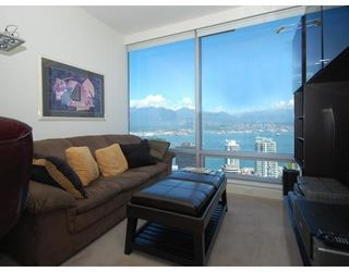 Photo 6: # 4203 1111 ALBERNI ST in Vancouver: Condo for sale : MLS®# V836772