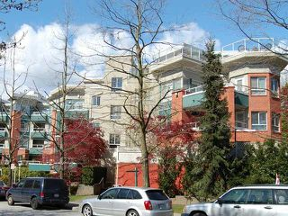 Photo 1: #215 128 W 8th St in North Vancouver: Central Lonsdale Condo  : MLS®# V822112