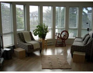 """Photo 4: 208 789 W 16TH Avenue in Vancouver: Fairview VW Condo for sale in """"SIXTEEN WILLOWS"""" (Vancouver West)  : MLS®# V663069"""