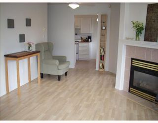"""Photo 7: 208 789 W 16TH Avenue in Vancouver: Fairview VW Condo for sale in """"SIXTEEN WILLOWS"""" (Vancouver West)  : MLS®# V663069"""