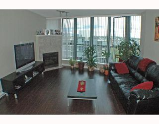 """Photo 1: 1502 1088 QUEBEC Street in Vancouver: Mount Pleasant VE Condo for sale in """"VICEROY"""" (Vancouver East)  : MLS®# V710597"""