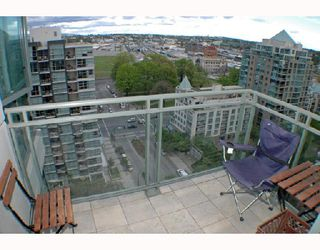 """Photo 7: 1502 1088 QUEBEC Street in Vancouver: Mount Pleasant VE Condo for sale in """"VICEROY"""" (Vancouver East)  : MLS®# V710597"""