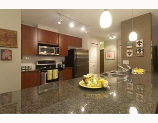 Photo 9: # 705 610 VICTORIA ST in New Westminster: Condo for sale : MLS®# V772287