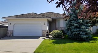 Main Photo: 117 REGAL Way: Sherwood Park House for sale : MLS®# E4166276