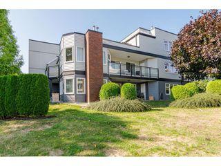 "Photo 2: 105 1273 MERKLIN Street: White Rock Condo for sale in ""Clifton Lane"" (South Surrey White Rock)  : MLS®# R2405569"