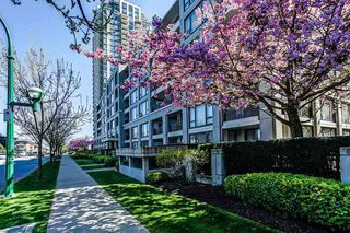 """Photo 2: 513 7138 COLLIER Street in Burnaby: Highgate Condo for sale in """"STANFORD HOUSE"""" (Burnaby South)  : MLS®# R2409815"""