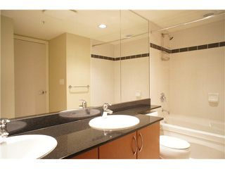 """Photo 11: 513 7138 COLLIER Street in Burnaby: Highgate Condo for sale in """"STANFORD HOUSE"""" (Burnaby South)  : MLS®# R2409815"""