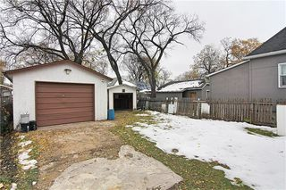 Photo 13: 581 Burrows Avenue in Winnipeg: Residential for sale (4A)  : MLS®# 202000240