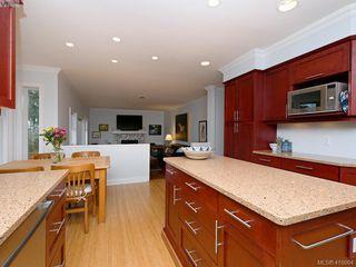 Photo 10: 619 Island Road in VICTORIA: OB South Oak Bay Single Family Detached for sale (Oak Bay)  : MLS®# 419864