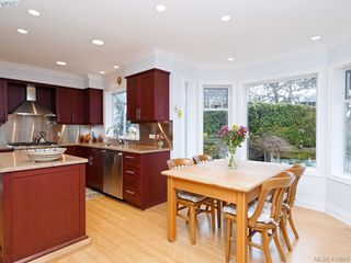 Photo 11: 619 Island Road in VICTORIA: OB South Oak Bay Single Family Detached for sale (Oak Bay)  : MLS®# 419864