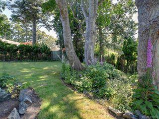 Photo 26: 619 Island Road in VICTORIA: OB South Oak Bay Single Family Detached for sale (Oak Bay)  : MLS®# 419864