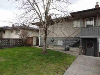 "Photo 3: 4672 HIGHLAWN Drive in Burnaby: Brentwood Park House for sale in ""BRENTWOOD"" (Burnaby North)  : MLS®# R2443441"