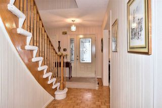 Photo 3: 16 Broadbridge Crescent in Toronto: Rouge E10 House (2-Storey) for sale (Toronto E10)  : MLS®# E4722501