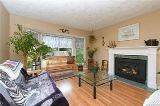 Photo 2: 2201 Tara Pl in Sooke: Sk Broomhill Single Family Detached for sale : MLS®# 840371