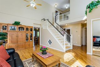 Photo 4: 42 THORNLEIGH Way SE: Airdrie Detached for sale : MLS®# A1018359