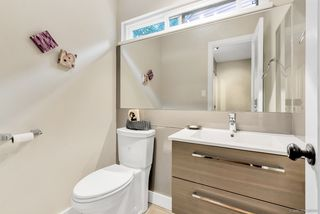 Photo 16: 4771 FERNGLEN Drive in Burnaby: Greentree Village Townhouse for sale (Burnaby South)  : MLS®# R2498905
