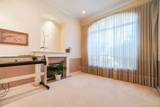 Photo 9: 6055 125A Street in Surrey: Panorama Ridge House for sale : MLS®# R2503823