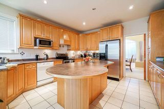 Photo 13: 6055 125A Street in Surrey: Panorama Ridge House for sale : MLS®# R2503823