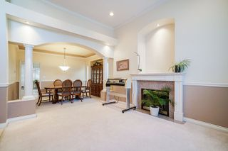 Photo 8: 6055 125A Street in Surrey: Panorama Ridge House for sale : MLS®# R2503823