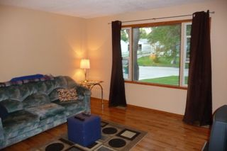 Photo 3: 155 Hammond RD in Winnipeg: Charleswood Residential for sale (West Winnipeg)  : MLS®# 1016084