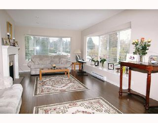 "Photo 2: 212 501 COCHRANE Avenue in Coquitlam: Coquitlam West Condo for sale in ""GARDEN TERRACE"" : MLS®# V675891"