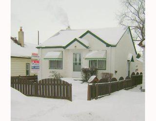 Photo 2: 611 WINDSOR Avenue in WINNIPEG: East Kildonan Residential for sale (North East Winnipeg)  : MLS®# 2801764