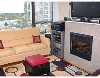 Photo 3: 1504 4118 DAWSON Street in Burnaby: Brentwood Park Condo for sale (Burnaby North)  : MLS®# V706492