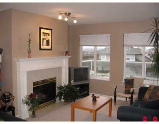 """Photo 6: 31501 UPPER MACLURE Road in Abbotsford: Abbotsford West Townhouse for sale in """"MACLURES WALK"""" : MLS®# F2704076"""