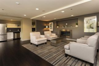 Photo 9: 705 13380 108 Avenue in Surrey: Whalley Condo for sale : MLS®# R2390303