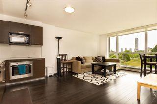 Photo 2: 705 13380 108 Avenue in Surrey: Whalley Condo for sale : MLS®# R2390303