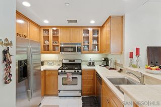 Photo 6: OUT OF AREA Townhome for sale : 2 bedrooms : 223 Dewdrop in Irvine