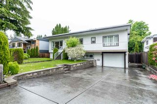 Photo 3: 2310 HAVERSLEY Avenue in Coquitlam: Central Coquitlam House for sale : MLS®# R2461222