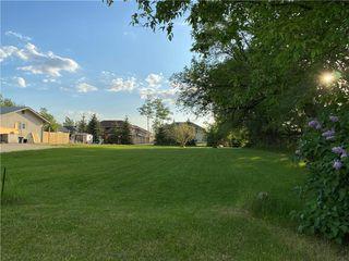 Photo 1: 218 Hirschfeld Road in Steinbach: Deerfield Residential for sale (R16)  : MLS®# 202012367