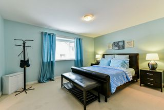 Photo 17: 17905 70 AVENUE in Surrey: Cloverdale BC House for sale (Cloverdale)  : MLS®# R2486299